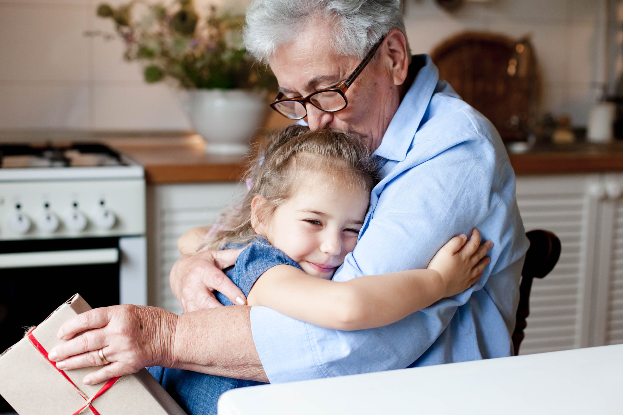 5 Magical Ways to Embrace Giving (and Receiving) with Kids During the Holiday Season
